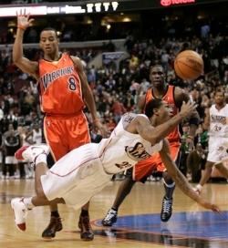 capt_28abdce01a8c4145b837c844f997da8a_warriors_76ers_basketball_patm107.jpg