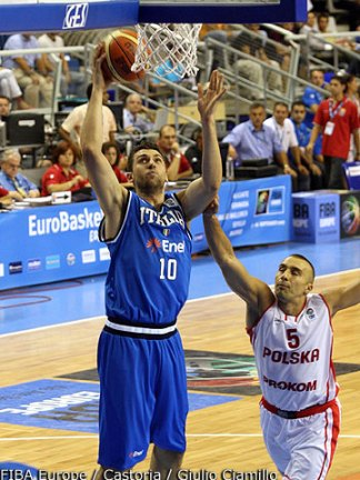 bargnani-vs-polonia